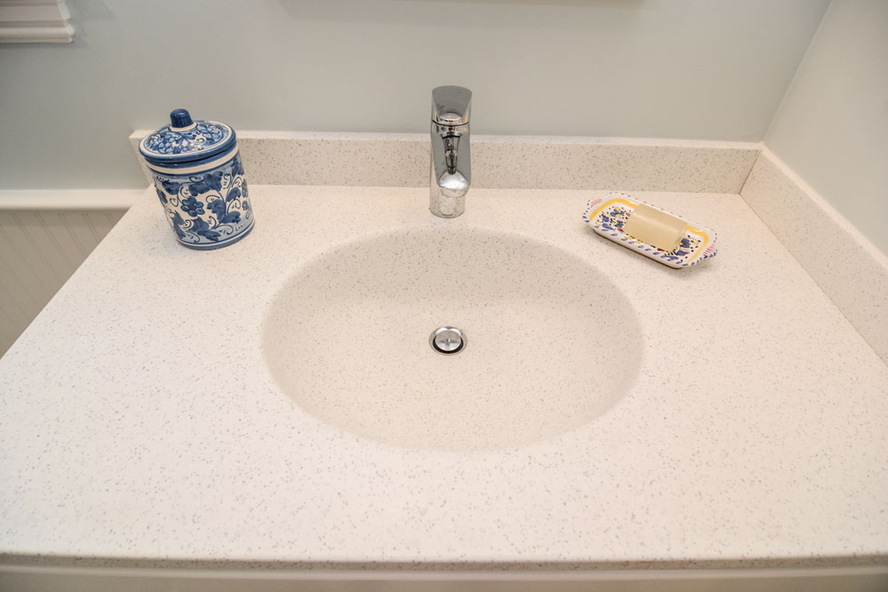 Corian integrated sink and countertop