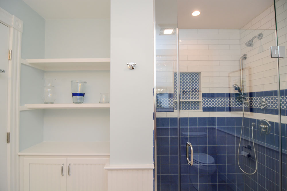Light, Airy Bathrooms With Storage and Function